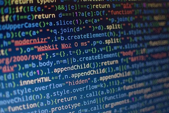 Le code informatique  est-il une langue étrangère?